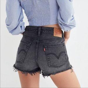 🆕 Levi's 501 High Rise Cut Off Denim Jean Shorts